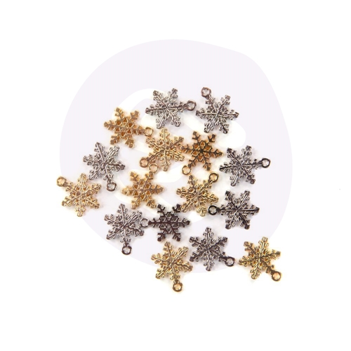Prima Marketing CHRISTMAS IN THE COUNTRY Snowflake Charms 995409 Preview Image