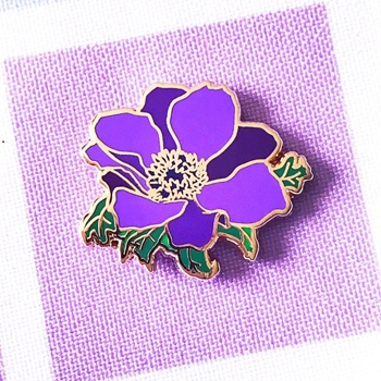 The Gray Muse PURPLE ANEMONE Enamel Pin tgm-j19-p32