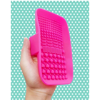 Pink and Main BRUSH SCRUBBER PMT003