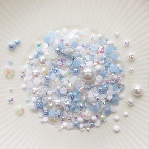 Little Things From Lucy's Cards Crystal Collection LOVE IN MIST Sparkly Shaker Mix LB400 Preview Image